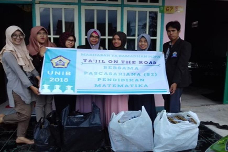Ta'jil On The Road Berkah Ramadhan